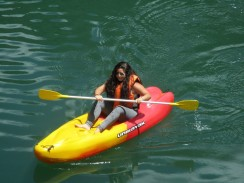 Navengando en Kayak en Huancaya
